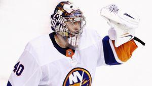 Русский вратарь — новый герой плей-офф НХЛ. Варламов не пропускает 136 минут, «Айлендерс» снова громят соперника
