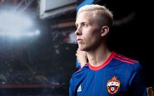 Защитник ЦСКА — главная звезда Исландии. Он забил через себя в финале чемпионата мира