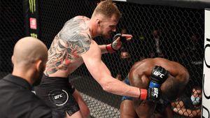 Русский тяж Волков вернулся в UFC после поражения. Он нокаутировал американца Харриса ударом с ноги в живот