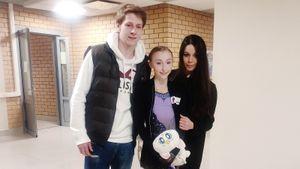 Олимпийская чемпионка Ильиных впервые появилась на соревнованиях в роли тренера «Академии Плющенко»