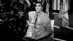 В Испании погиб Антонио Рейес. Он играл в непобедимом «Арсенале» и делал «Реал» чемпионом