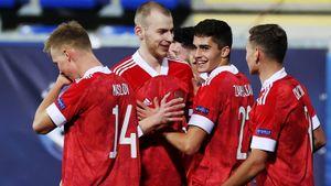 Молодежка разгромила Исландию в первом матче Евро. У 17-летнего Захаряна гол + пенальти, у Макарова — супермяч